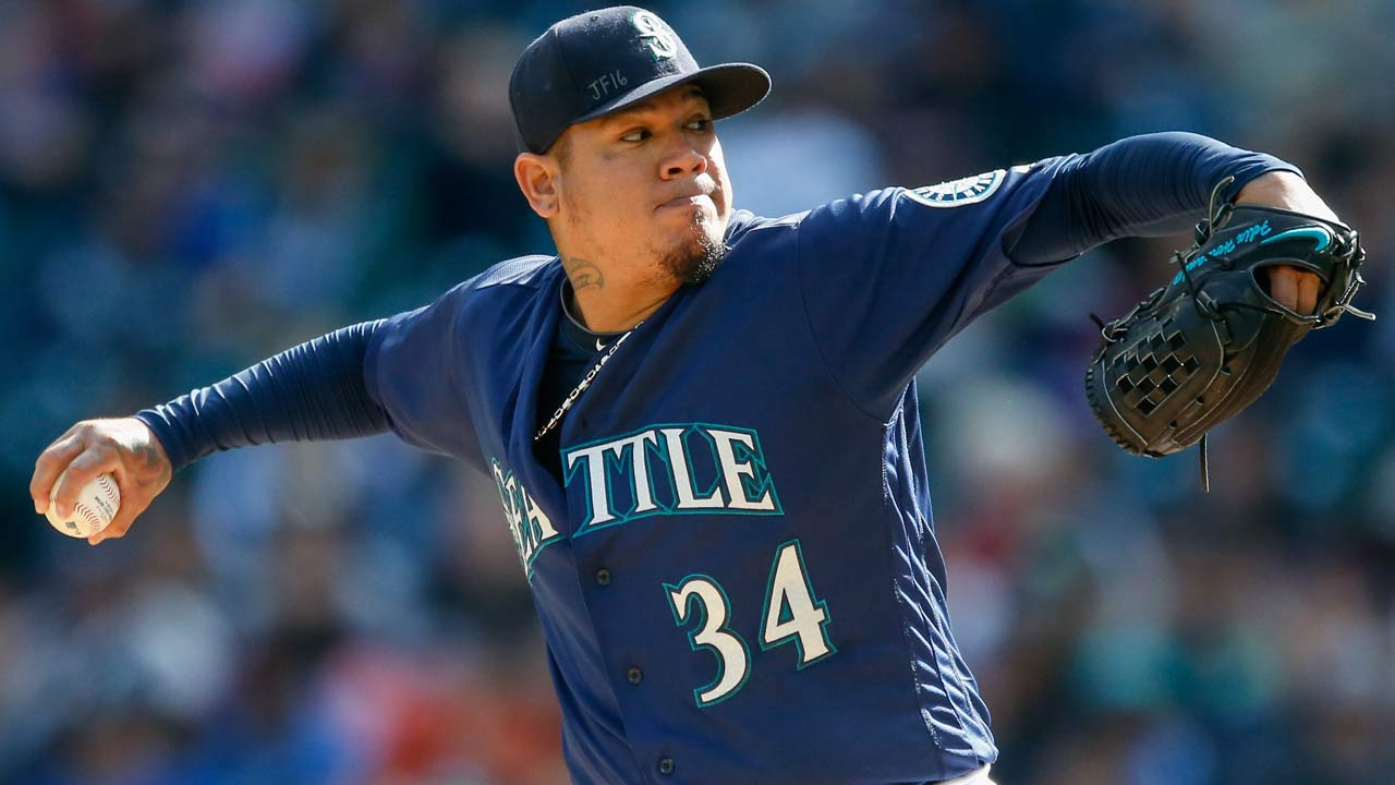 Felix improves in second winter league start