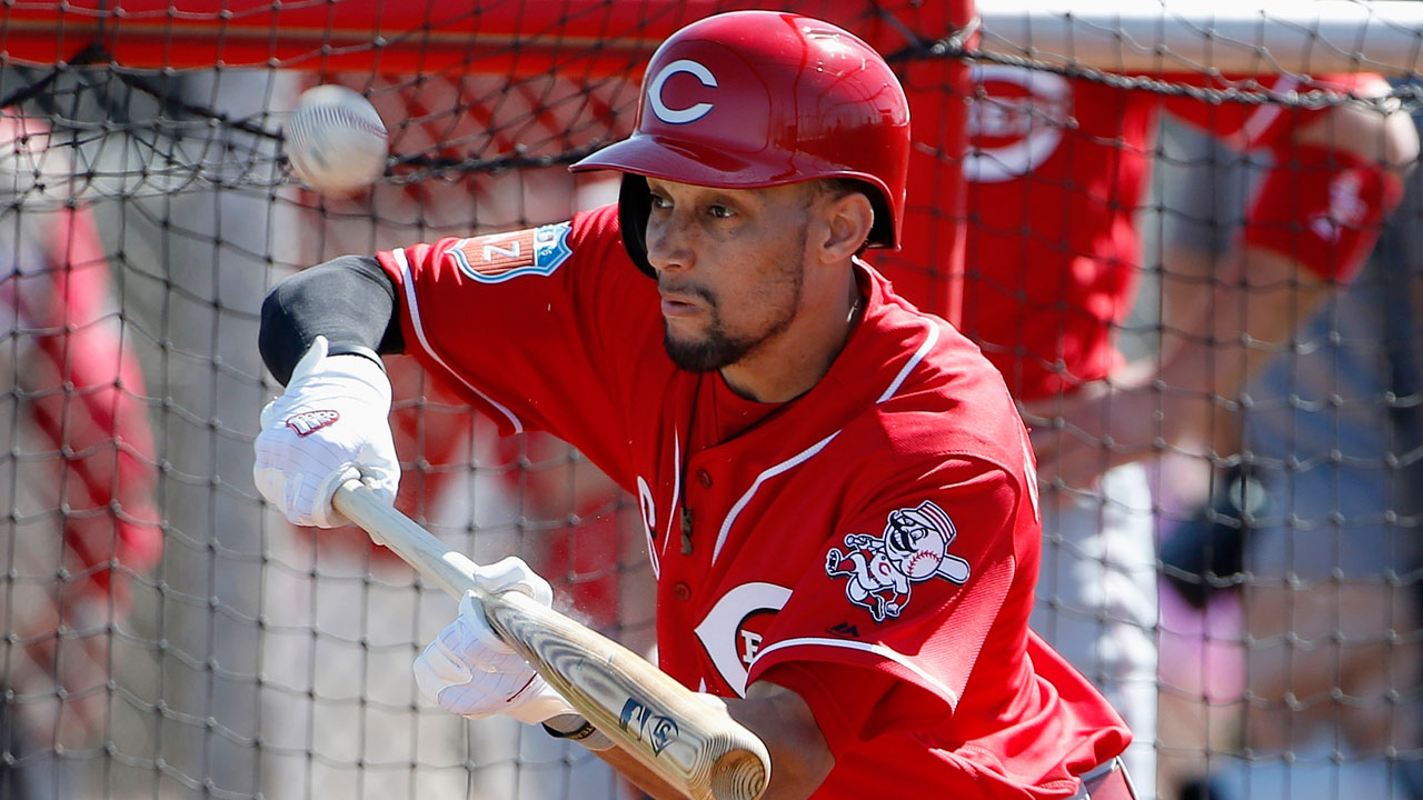 Hamilton back in Reds' lineup against Royals