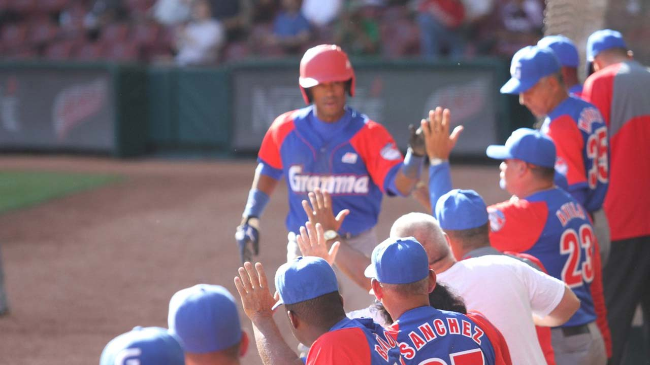 Cuba, Mexico open Caribbean Series with wins