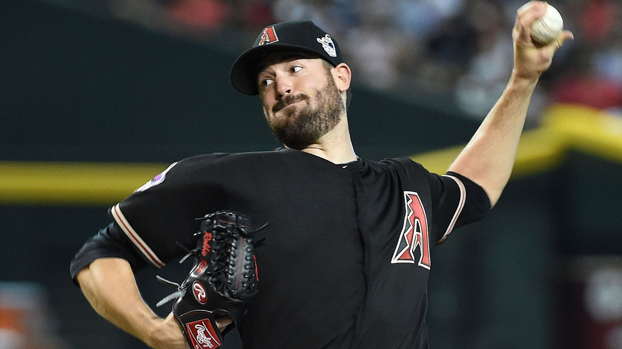 D-backs honran a Johnson pero caen ante Rojos