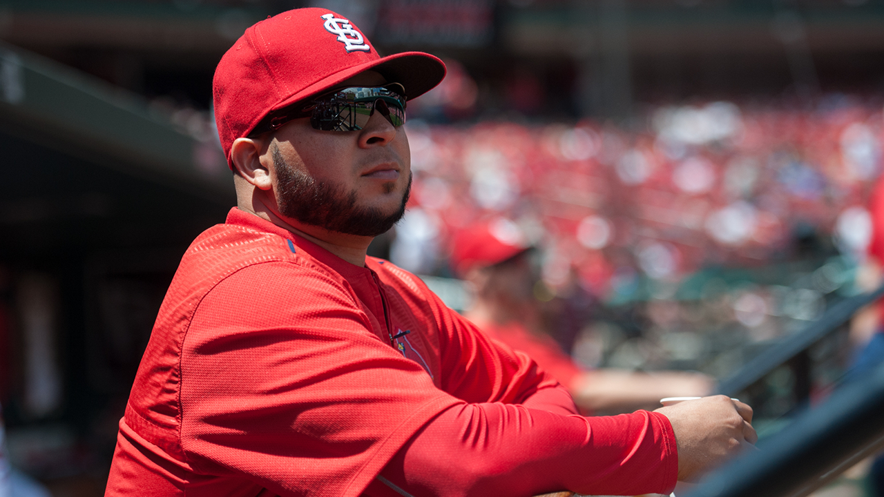 Peralta cleared to swing bat in thumb rehab