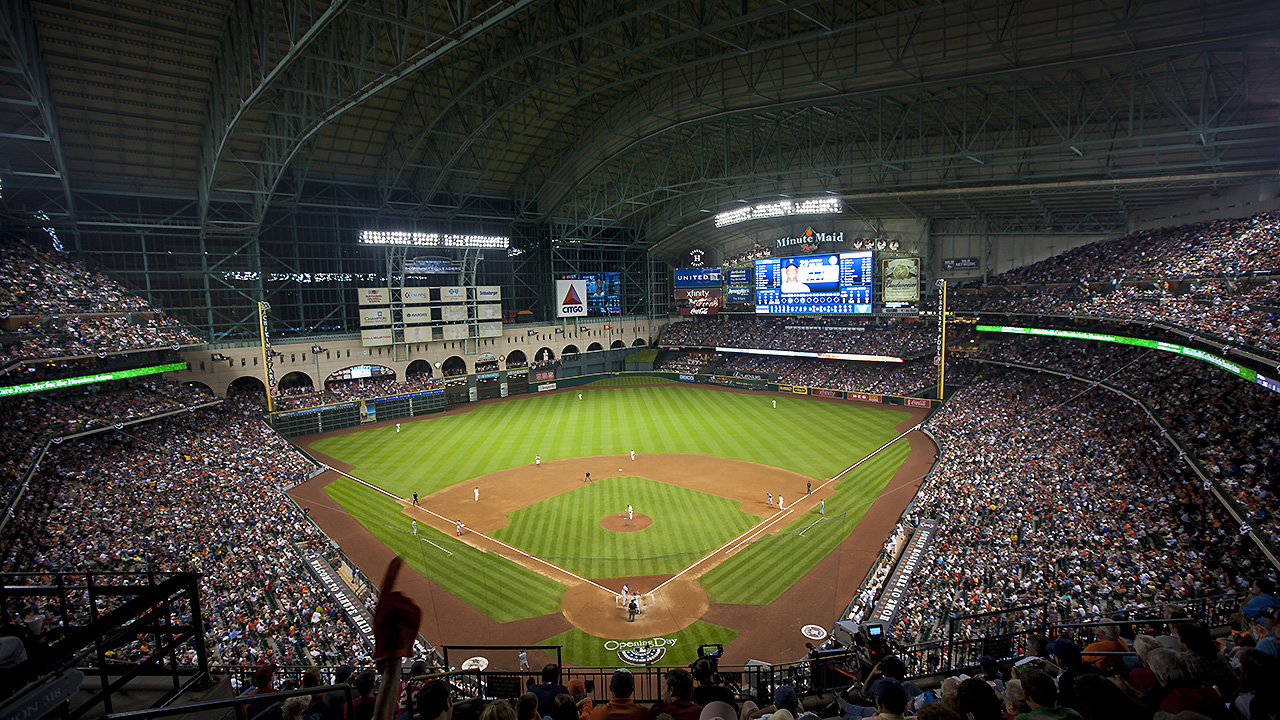 Minute Maid Park roof to be closed for Game 3