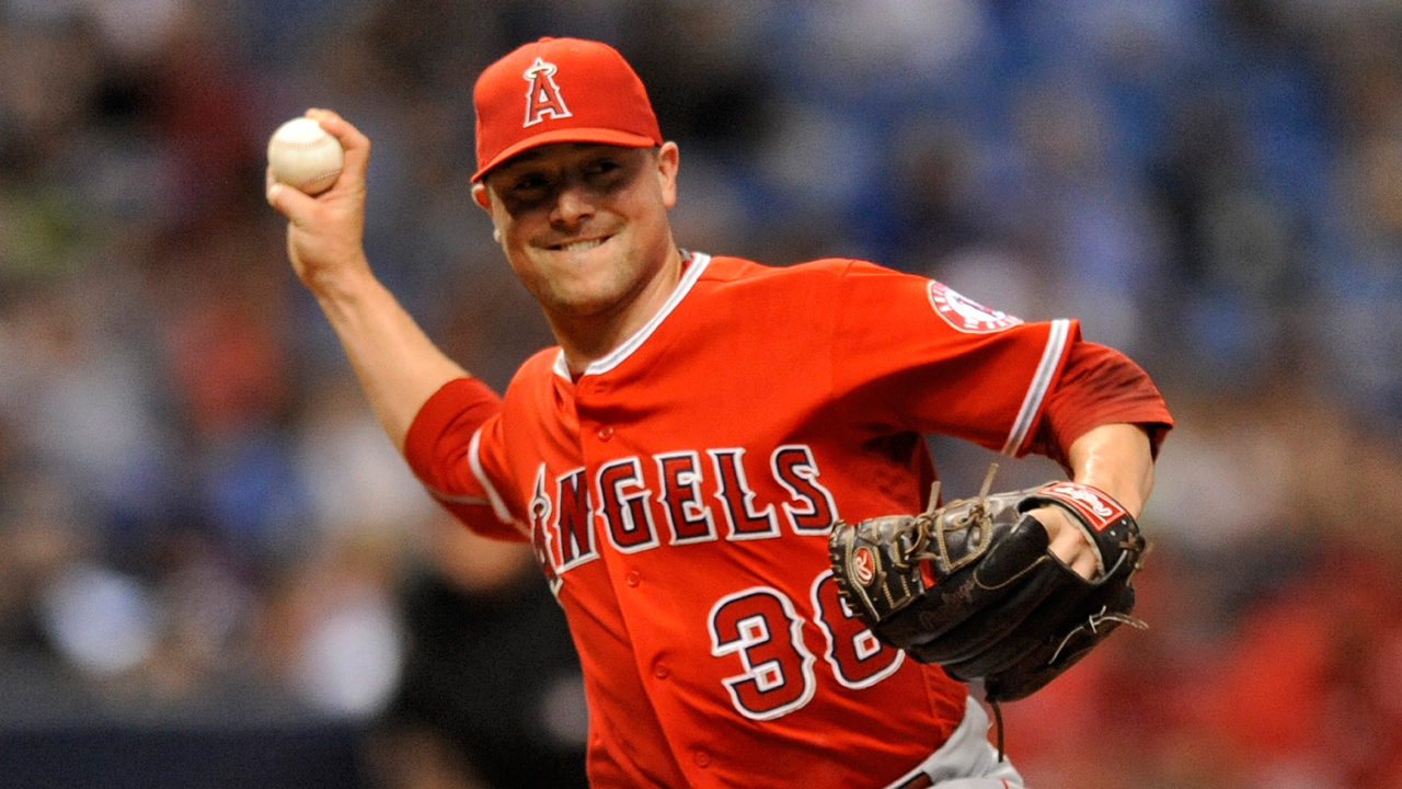 Cubs refuerzan el bullpen al adquirir a Joe Smith de Angelinos