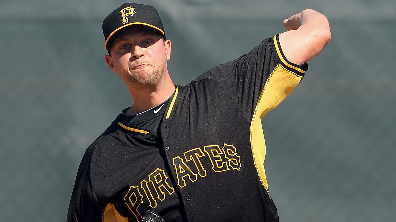 Pirates lose three, including Oliver, in Rule 5 Draft