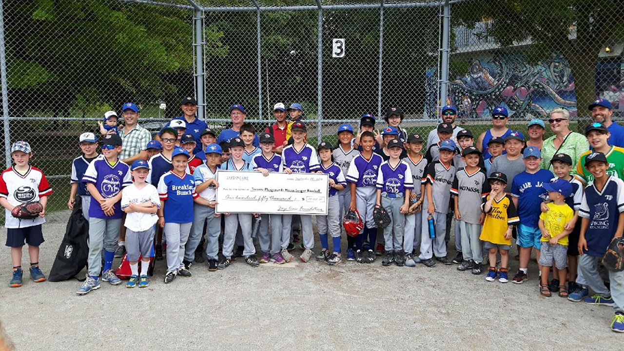 Jays Care refurbishes downtown Toronto park