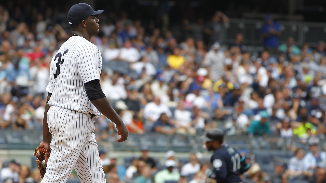 Two pitches prove costly for Pineda in loss to M's