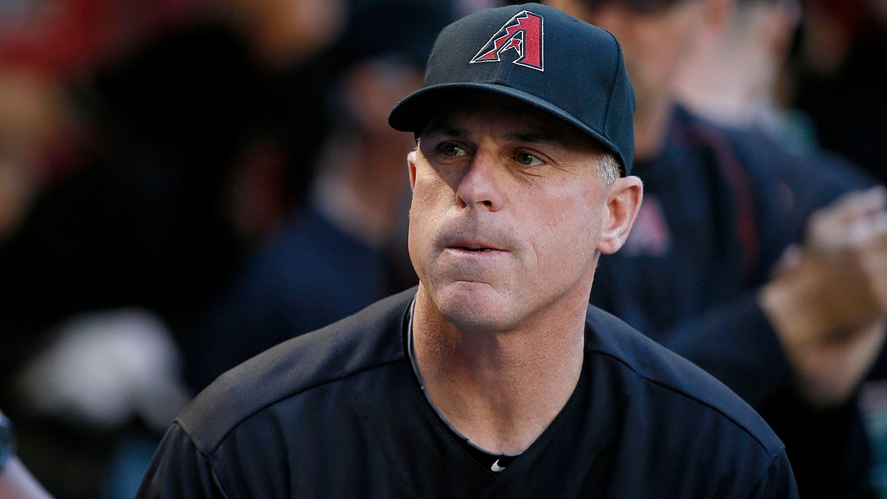 D-backs 'show respect' by watching Giants get rings