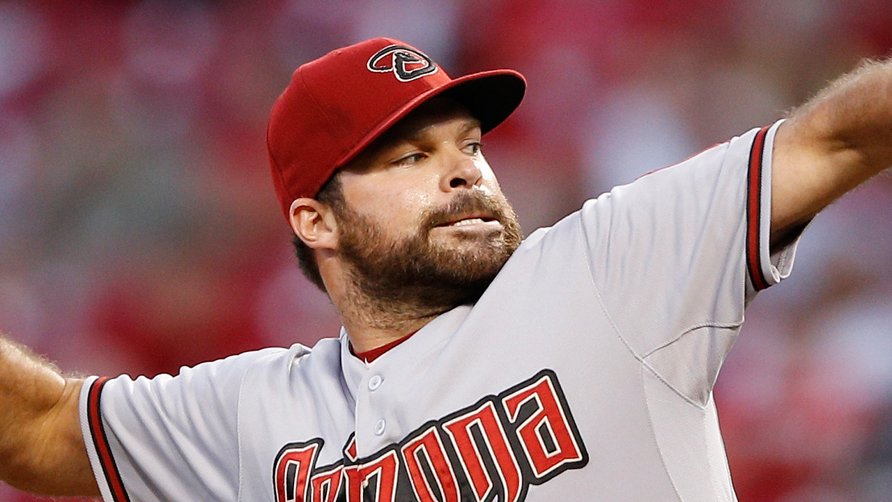 D-backs ejercen opciones de Brad Ziegler y Josh Collmenter