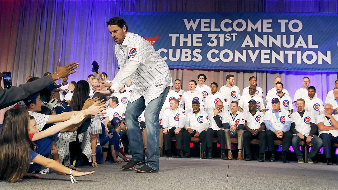 Cubs welcome ex-Cardinals into fold