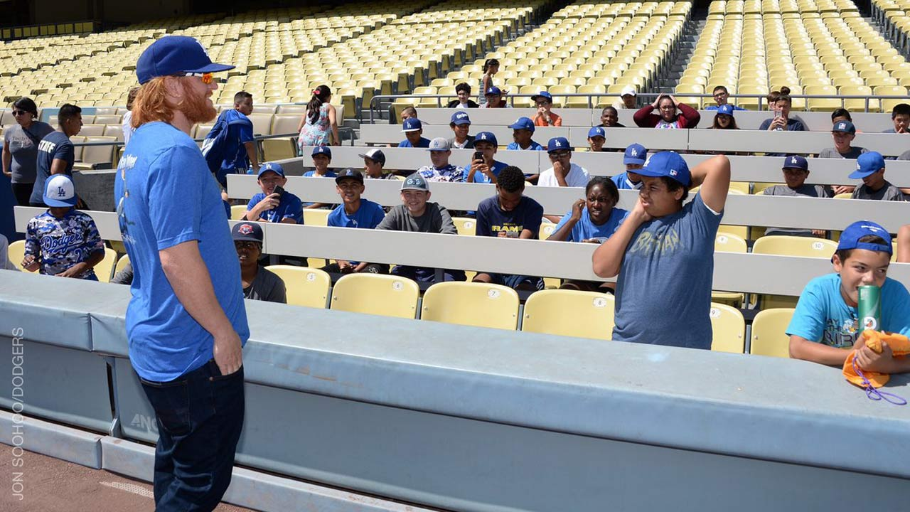 Dodgers host PLAY campaign event for kids