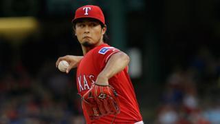 Yu, Adrian! Pair leads Rangers past Pirates